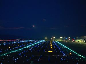 airport_at_night
