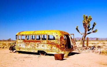 Mojave-desert-school-bus