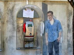 real-telephone-mural-painting-man