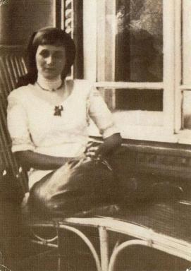 Anna Akhmatova en 1913