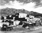 Ansel Adams – Taos pueblo – NewMexico
