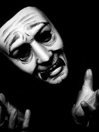 chorus_mask_for_oedipus_play_by_jemmanicolejoyce-d3ay08y