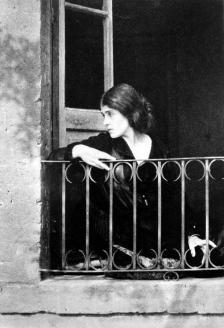 Tina-Modotti-by-Edward-Weston-1923