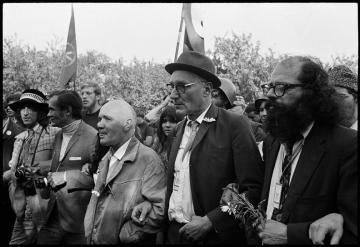 Allen Ginsberg -  William Burroughs - Jean Genet [Chicago, 1968]